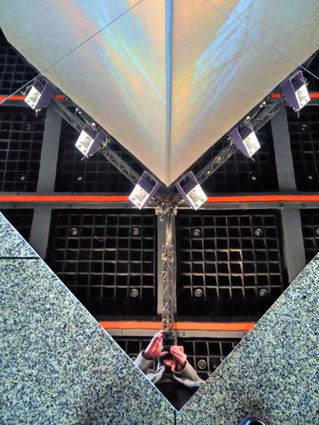 """Selbst im Apparatjik Light Space Modulator"", Foto © Friedhelm Denkeler 2011"