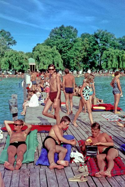 """""""Badesteg am Wörther-See"""", Foto © Friedhelm Denkeler 1966"""