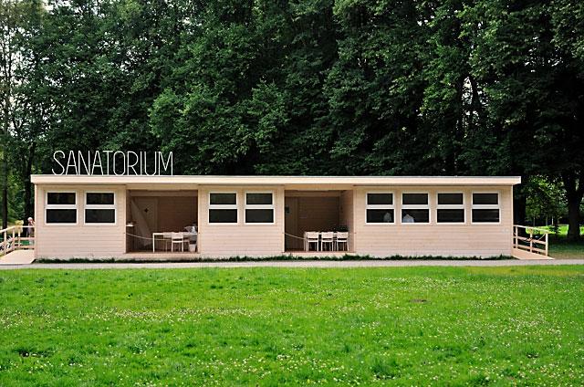 """""""Documenta 13: Das Sanatorium von Pedro Reyes"""", Foto © Friedhelm Denkeler 2012"""
