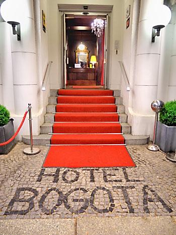 """Hotel Bogota in der Schlüterstraße"", Foto © Friedhelm Denkeler 2013"