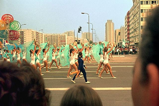 """""""X. Weltfestspiele in Ost-Berlin"""", Foto © Friedhelm Denkeler 1973"""