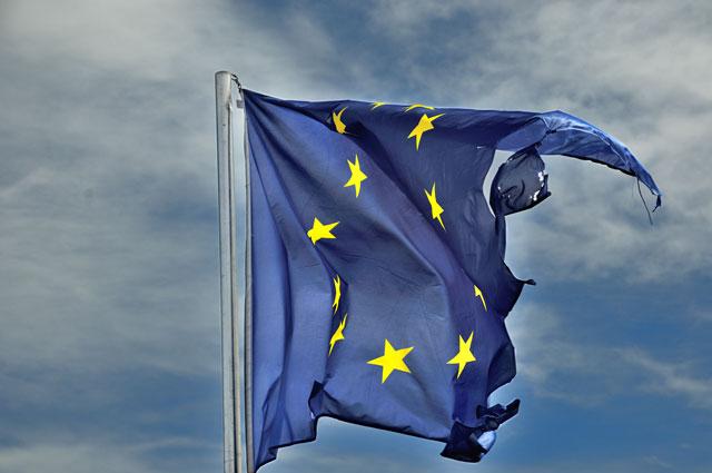 Die Europa-Fahne auf der Bastille in Grenoble, Foto © Friedhelm Denkeler 2014