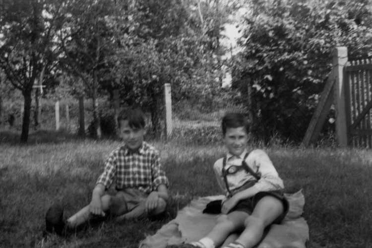 """""""Der erste Frühlingstag"""", aus """"Erinnerungen – Ein Leben in Bildern"""": """"Jugend in Westfalen 1957 bis 1966"""", Foto © 1 Archiv Friedhelm Denkeler 1957"""