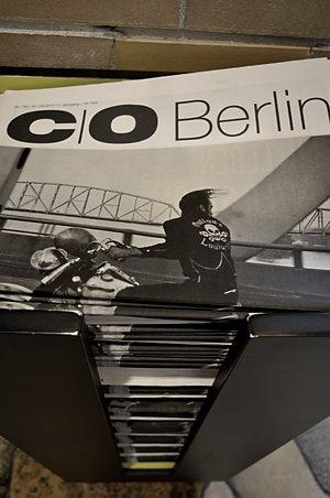 """""""C/O-Zeitung mit Foto von Danny Lyon"""", Foto © Friedhelm Denkeler 2017"""