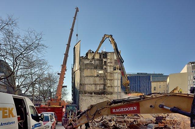 """""""Hier stand einmal der Gloria-Palast"""" (Kurfürstendamm, Berlin), Foto © Friedhelm Denkeler"""