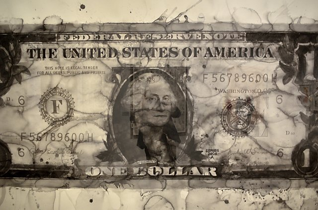 »One Dollar Bill« (Ausschnitt), 2006, Yan Pei-Ming, Aquarell auf Papier, Ausstellung »The World on Paper – Deutsche Bank Collection«, PalaisPopulaire, Unter den Linden, Berlin