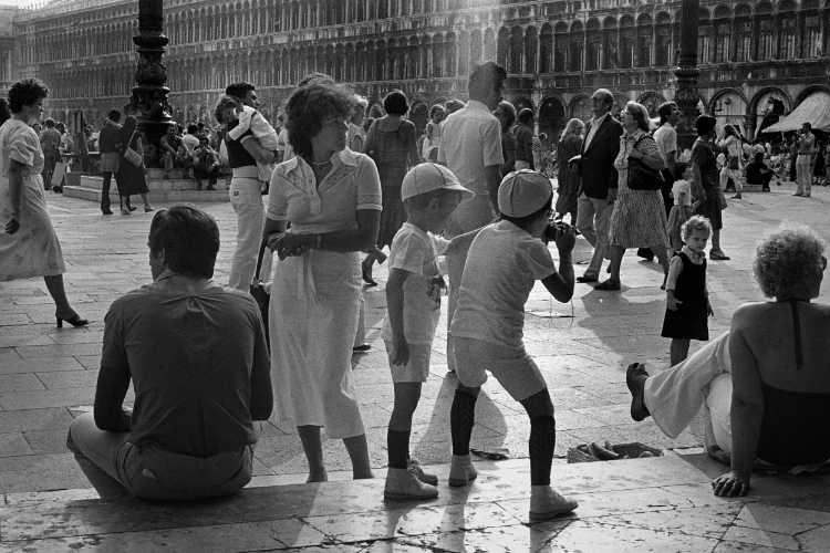Markusplatz» (Venezia '79 la Fotografia«), Foto © Friedhelm Denkeler 1979
