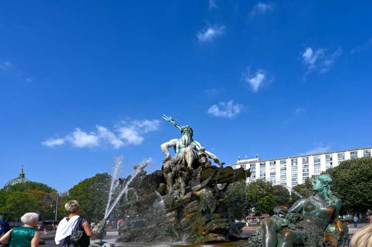 »Der Neptunbrunnen«, Schlossplatz, Berlin, Foto © Friedhelm Denkeler 2019
