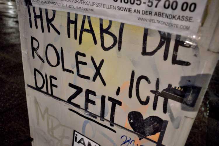 »Ihr habt die Rolex, ich die Zeit», Foto © Friedhelm Denkeler 2015