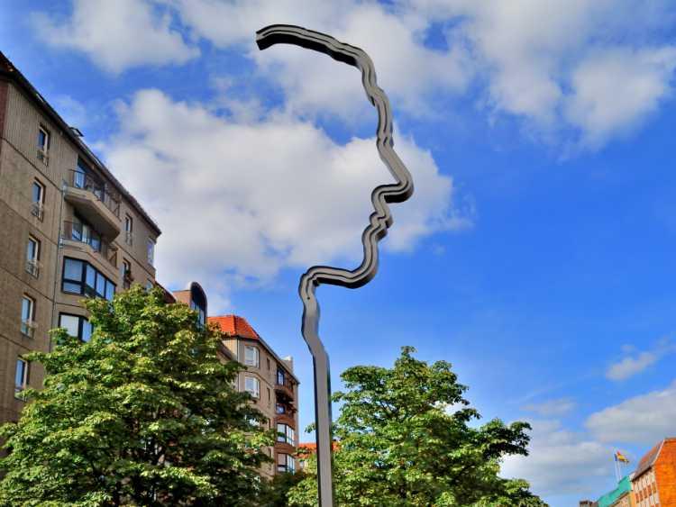 »Denkzeichen Georg Elser in der Wilhelmstraße«, Foto © Friedhelm Denkeler 2012